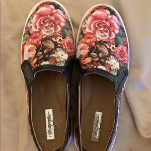 Halogen women's slip on floral tennis shoe